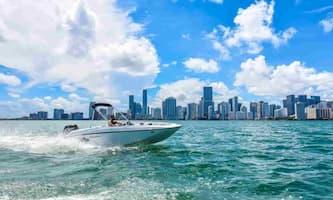 Motorboat Key Biscayne
