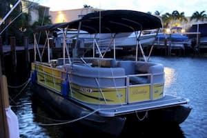 Party pontoon boat Fort Lauderdale