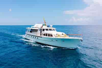 Custom Yacht Jupiter