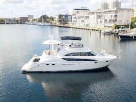 Motor Yacht Miami Beach