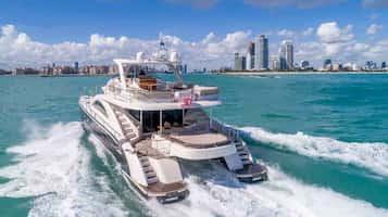 Custom yacht Fort Lauderdale