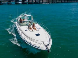 MotorBoat for Parties in Miami Beach