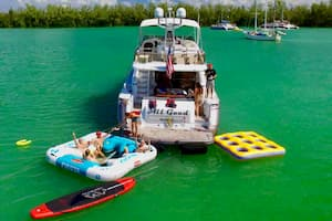 Yacht for July 4th Miami