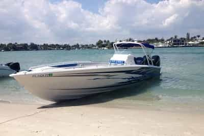 Motorboat in Hallandale Beach for 4th of July