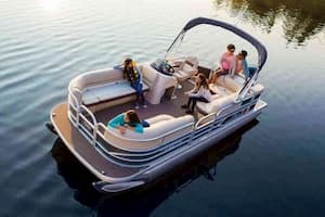 Pontoon for romantic date in Florida