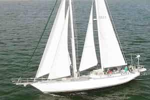 Romantic Sailing Boat ride for couples in California