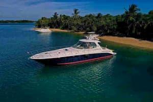 Large Boat Sunny Isles beach