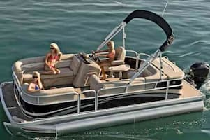 Pontoon charters in Fort Lauderdale