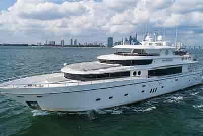 Super Yacht Jupiter
