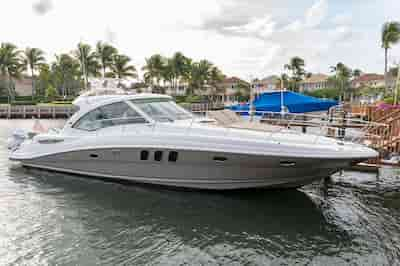 Motorboat in West Palm Beach for Independence Day