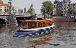 Cruise Boat Amsterdam 1
