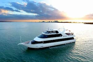 Luxury Yacht in Tampa