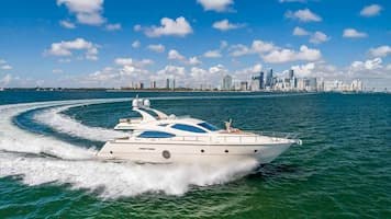 Luxury Motorboat Florida